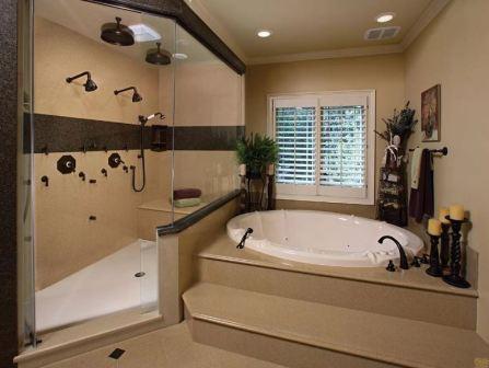 Ванна в подиум в ванной комнате
