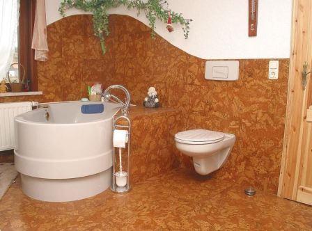 Отделка стен ванной линолеумом