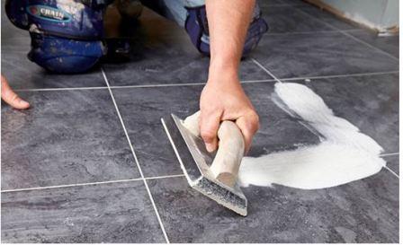 Как постелить линолеум на бетонный пол